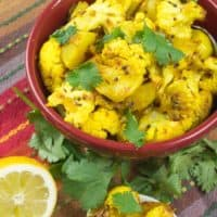 Cauliflower Potato Curry (Aloo Gobi)