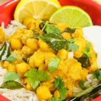 Comforting Coconut Chickpea Curry
